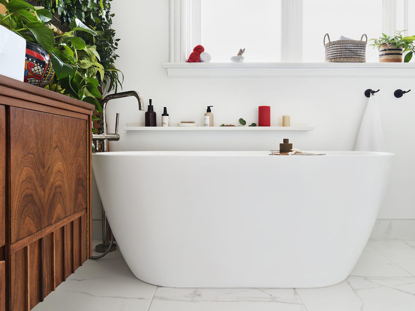 Salle de bain baignoire autoportante